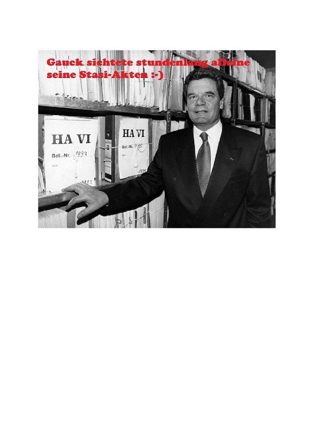 Gauck sichtet stundemlang allein seine Stasiakten - Bild-001