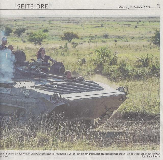 Panzereinsatz für Kreuzkröte und Bekassine - TLZ v. 26.10.2015-002 - kl.